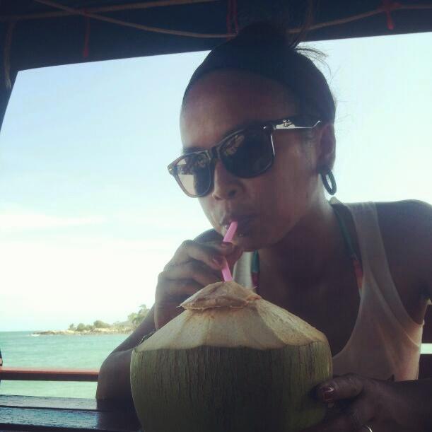 Ook de verse kokosnoot smaakt me al te best!