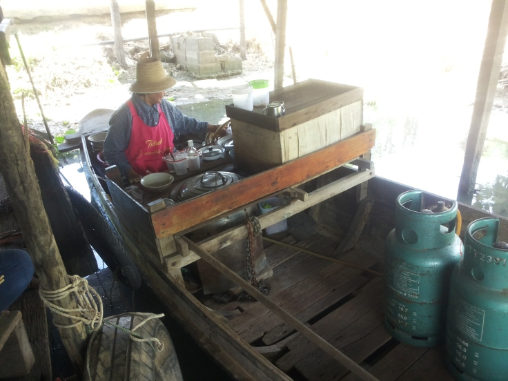 Boatmade noodlesoep voor de hardwerkende boeren