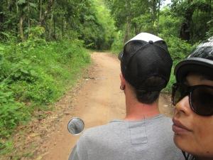 Door de bossen en langs bergdorpjes opzoek naar watervallen