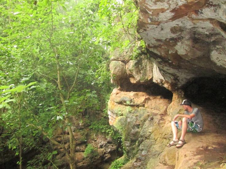 Schuilen-voor-de-regen-grot