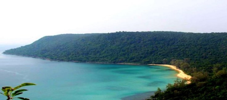 Het eiland: strand, zee, jungle en verder... niets...
